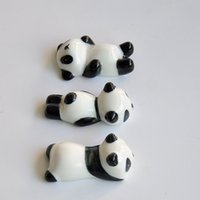 palillos de moda al por mayor-Venta caliente Palillos Rack Encantador Panda Forma Palillo Titular Cerámica Artesanía Soporte de la pluma Práctico Moda 1 48aj B