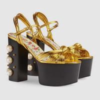 zapatos de la boda de la sandalia del oro al por mayor-Oro Negro Mary Jane Zapatos Mujeres Perlas de vidrio Perlas Verano Plataforma de cuero metálico Sandalias de Gladiador Imprimir Zapatos de tacón alto Zapatos de boda