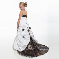 Halter Neck Camo Flower Girls Abiti con scollo staccabile Realtree Forest Camouflage Kids Wedding Party Abiti formali con fiori fatti a mano