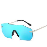 солнцезащитные очки синие зеркальные линзы без оправы оптовых-2017 мода мужская большой объектив солнцезащитные очки мужчины без оправы металл прохладный мужчины оттенки для женщин зеркало золото синий UV400 Бесплатная доставка