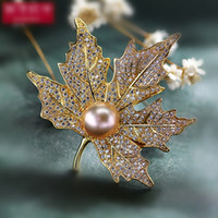 Wholesale Dresses Wedding Invitations - Vintage Rhinestone Brooch Pin Gold-plate Alloy Pearl Faux Diamente Broach corsage for bridal wedding invitation costume party dress pin gift