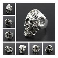 OverSize Gothic Skull Sculpté Biker Mixed Styles lots Hommes anti-Silver Rings Retro New Jewelry