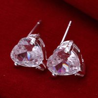 2016 Boucles d'oreilles en cristal en forme de coeur les plus vendues Boucles d'oreilles en argent plaqué simple Cute Lovely and Beauty Jewelry for Lovers Birthday Gift