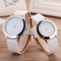 Wholesale Leather Men Under - Fashion Brand women men Unisex Lovers' Leather strap quartz wrist watch 9255