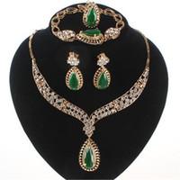 pulseiras de gem para mulheres venda por atacado-Acessórios do casamento Mulheres De Noiva 18 k Banhado A Ouro Gem Colar de Cristal Pulseira Anel Brinco Conjuntos de Jóias 3 Cores
