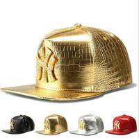 chapéus de couro do snapback do ouro venda por atacado-New Faux Leather Stars logotipo Ajustável Snapback Bonés de Beisebol Diamante De Ouro De Crocodilo De Grãos Snap Back Hat Homens Mulheres Esportes DJ Hiphop Chapéus