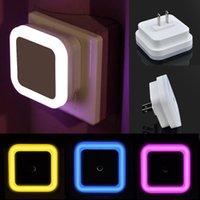 camas led venda por atacado-Auto LED de luz de controle Sensor Luzes Quarto cama noite Lamp US Plug Plug UE em Wall como Guia Luz para Finding Way # 24