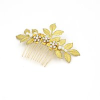 Wholesale Vintage Pearl Wedding Hair Combs - Vintage Golden Leaves Crystal 2016 Wedding Accessories Hair Comb Shiny Alloy Headdress Leaves Bridal Hair O406