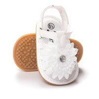 Wholesale Toddlers Girls White Flower Sandals - Summer Newborn Baby sandals First Walkers Infant Toddler white flowers Baby Girls Moccasins Soft Shoes Footwear Baby princess sandals A9585