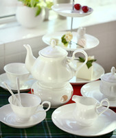 Moda <b>European Style Bone China Coffee</b> Cup Sets Inglaterra Royal Ceramic Afternoon Tea Sets Regalo de calidad