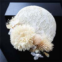 Vintage Women Wedding Hat Eglise Pillbox White Feather Fascinator Lace Cocktail Hat Accessoires de cheveux Headdress Clip Tiara Party Chapeaux de bal