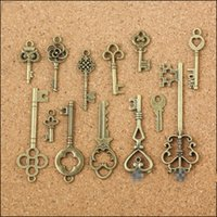 Wholesale Old Bronzes - Wholesale- 13 Assorted Antique Vintage Old Look Bronze Pendants Vintage Key Collectibles Good Gift