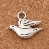 collier plongée achat en gros de-Fat Peace Dove Flying Charm Perles 100pcs / lot Antique Argent Pendentifs Mode Bijoux DIY Fit Bracelets Collier Boucles D'oreilles L184