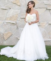 Wholesale Tulle Sweetheart Beading Wedding Dress - Rhinestone Crystal Beaded Ball Gown Wedding Dress Sweetheart Tulle Skirt Bride Dresses Backless White Beading Gowns for Bride Princess Style