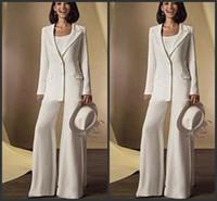 trajes formais da noiva da mãe venda por atacado-2019 New Satin Mangas Compridas Mãe Da Noiva Pant Ternos com jaqueta Mãe Vestidos Custom Made Branco Formal Outfits 131