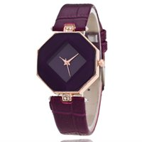 Wholesale Wholesale Watches Clothes - 2016 Prism Ladies Watch manufacturers selling high-end fashion personality table watches, clothing all-match paragraph