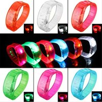 Led Shaking Clignotant Bracelet Light Up Bangle Wristband Night Club Activité Party Bar Disco Musique Concert Cheer