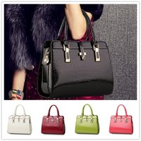 Wholesale thread crochet pattern - Brand new style of bright patent leather crocodile pattern upscale atmosphere women Shoulder Messenger Handbag BAG146