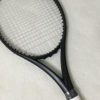 kohlefaser zoll großhandel-Wholesale- NEW Zoll 100% Carbonfaser-Tennisschläger Taiwan Erstausrüsterqualität Tennisschläger 300g Nadal 100 sq.in. schwarze Schläger