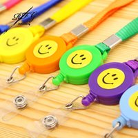 -2PCS Wholesale Smiling Face ID Holder Name Tag Card Key Ring Chain Clip Badge Reel rétractable Pull fournitures Longe Recoil scolaires Ceinture
