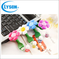 Vente en gros Cheap Office Laptop Mini ABS Plastic Flower USB Aroma Diffuser Colorful Eectric Essential Oil Diffuser
