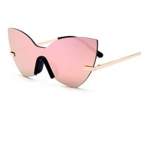 Brand Design Donna Luxury Butterfly Occhiali da sole Chiodo senza telaio Riveting Cat Eye Occhiali da sole Donna Driving Eyewear Occhiali UV400 Y100