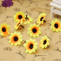 girasoles falsos al por mayor-200pcs Pequeño girasol de seda flores artificiales cabeza decoración de la boda DIY Wreath regalo caja de Scrapbooking Artesanía falsa flor