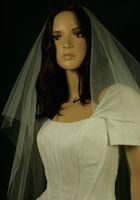 vestido de véu roxo venda por atacado-Hot Melhor Venda Duas Camadas Da Ponta Do Dedo Comprimento Marfim Branco Borda Cortada Véu de Noiva Peças de Cabeça Para Vestidos de Noiva Champagne Rosa Vermelho Roxo Preto