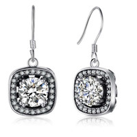 Vintage 925 Sterling Silver Drop Earrings Cubic Zirconia Dangle Earrings De alta qualidade Simulated Diamond Clip On Brincos Jóias