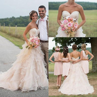 2017 vintage Lace Wedding Wedding Dresses Appliques Ruffles Sexy Sweetheart Neckline Backless Court Train White Ivory Свадебные свадебные платья