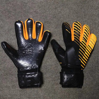 Wholesale Viscose Twill - 2017 The New SGT Goalkeeper Gloves Latex Soccer Football Latex Professional Football Gloves New Soccor Ball Gloves