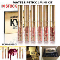 embalaje cosmético al por menor al por mayor-NUEVO Gold Kylie Jenner lipgloss Cosmetics Matte Lipstick Brillo labial Mini Leo Kit Lip Birthday Edición limitada con embalaje minorista de oro