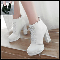 2017 Novos sapatos de casamento nupcial Branco PU Leather Ankle Boots Plataforma Thick High Heels Knight Boot