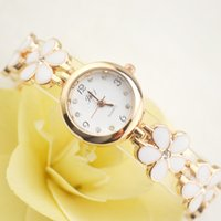 Wholesale women s watches - Beautiful flowers ladies bracelet table women s chain table fashion watch girls girls table women s Korean version