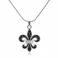 flor de cristal lis al por mayor-Esmalte negro Fleur De Lis Austríaco Crystal Charm colgante y collar regalo joyería de moda para mujeres