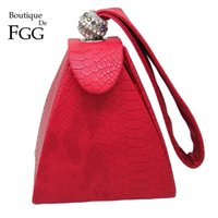 Wholesale Red Croc Bag - Wholesale-Women Designer Brand Red Aligator Croc PU Crystal Pyramid Handbags Wristlets Clutch Bags Evening Wedding Banquet Clutches Purse