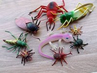 Wholesale Toy Wild Animals Plastic - Wholesale- Simulation insect pvc wild animal figures models Lizard scorpion bee spider scary toy prank terror novely gag toy Children Kids