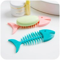 Wholesale Fish Dishes - 200pcs Creative Fish Bone Shape Silicone Soap Box, Bathroom Drain Soap Dish Stylish Bathroom Soap Holder Home Supplies ZA0649