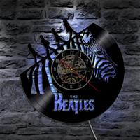 ingrosso arredamenti beatles-The Beatles Rock Band Led Vinyl Clock Wall Light Cambia colore Retroilluminazione Vintage Modern Handmade Lampada da tavolo Telecomando