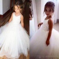 2016 Lovely Tulle Lace Top Flower Girl Dresses For Wedding Spaghetti Straps Ball Gown Ruffles Girl Pageant Gowns Дешевые платья для малышей