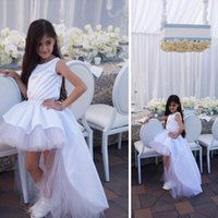 ingrosso matrimonio come abiti-Le ragazze bianche del fiore di livello minimo basso 2016 si vestono per la seta di nozze come i vestiti di spettacolo di Tulle del raso elastico per i vestiti da prima comunione delle ragazze
