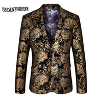 Wholesale Stage Clothing Gold - Wholesale- Stylish Golden Blazer Men Printed Paisley Floral Suit Jacket Wedding Party Stage Clothes For Singer Gold Blazer For Men M-4XL