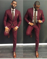 Wholesale cheap white suits for men - Classy Burgundy Wedding Mens Suits Slim Fit Bridegroom Tuxedos For Men Two Pieces Groomsmen Suit Cheap Formal Business Jackets With Tie