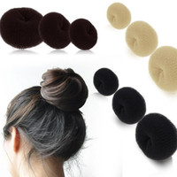 Женская девушка HOT Hairdressing Hair Bun Ring Donut Shaper Magic Sponge Hair Chignon Hair Styler Maker 3 Размеры S M L