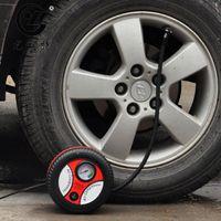 12v taşınabilir araba lastik pompası toptan satış-2017 Mini Taşınabilir Elektrikli Hava Kompresörü Pompası Araba Lastik Şişirme Pompası Aracı 12 V 260PSI FP9 Ücretsiz Shpping