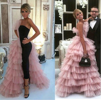 ingrosso abito da sera senza spalline nero-Unique Design Two Pieces Evening Dresses 2018 Pink Strapless Ruffles Tutu Skirt With Little Black Dress Tiered Prom Gowns Cheap