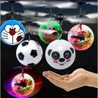 RC Flying Ball Flashing Toy RC infravermelho Induction Helicopter Ball Built-in Shinning LED Lighting Flyings coloridos Kids Gifts CCA8157 50pcs