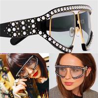 uv gözlük toptan satış-Moda popüler avant-garde tarzı boy gözlük kakma inci perçinler çerçeve ve bacaklar ile en kaliteli uv koruma gözlük kutusu 0234