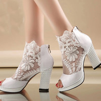 Wholesale bridal lace shoes ladies - New Fashion Peep Toe Summer Wedding Boots Sexy White Lace Prom Evening Party Shoes Bridal High Heels Lady Formal Dress Shoes