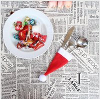 santa silberwarenhalter großhandel-Weihnachtsmütze Besteckhalter Xmas Mini Red Santa Claus Besteckbeutel Party Decor Nettes Geschenk Hut Geschirr Halter Set